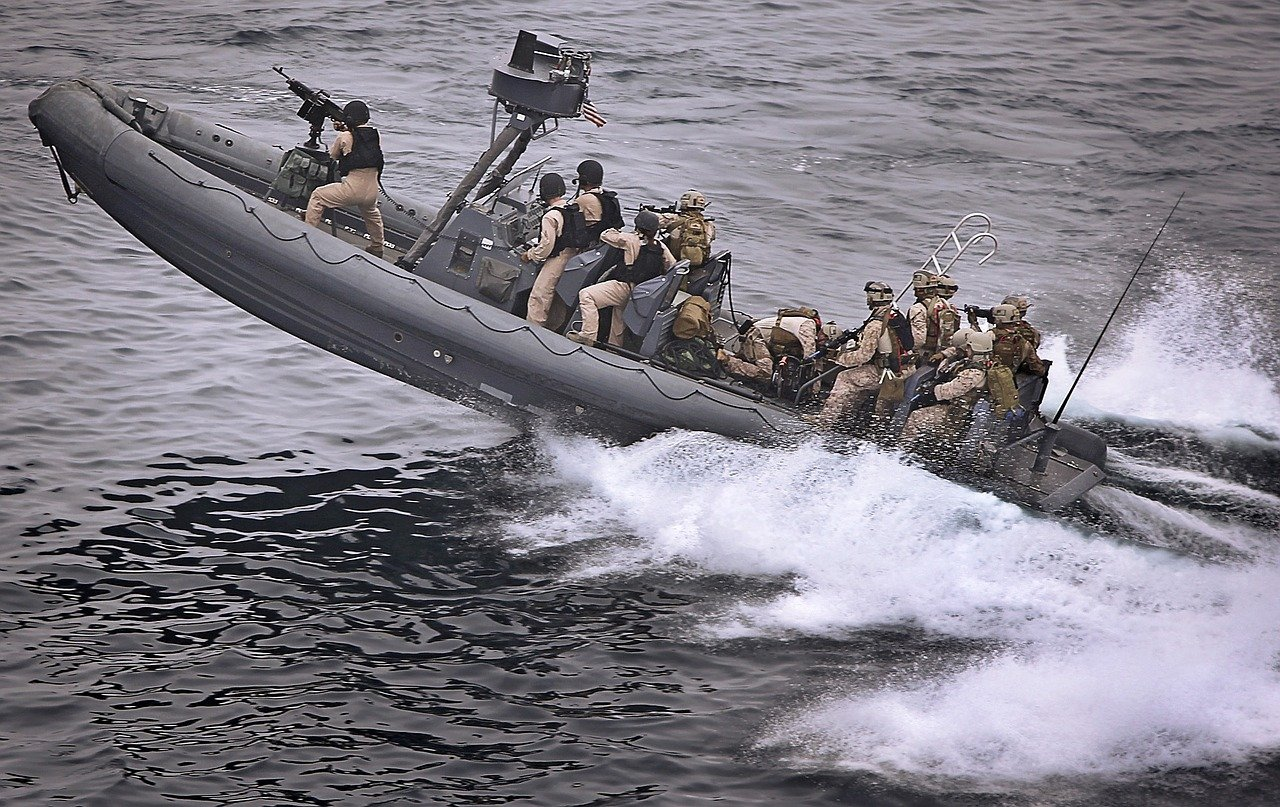 boat, speeding, tactical military
